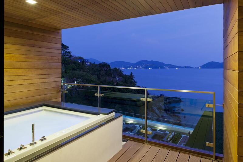 U Zenmaya Phuket Premium Deluxe Seaview Room