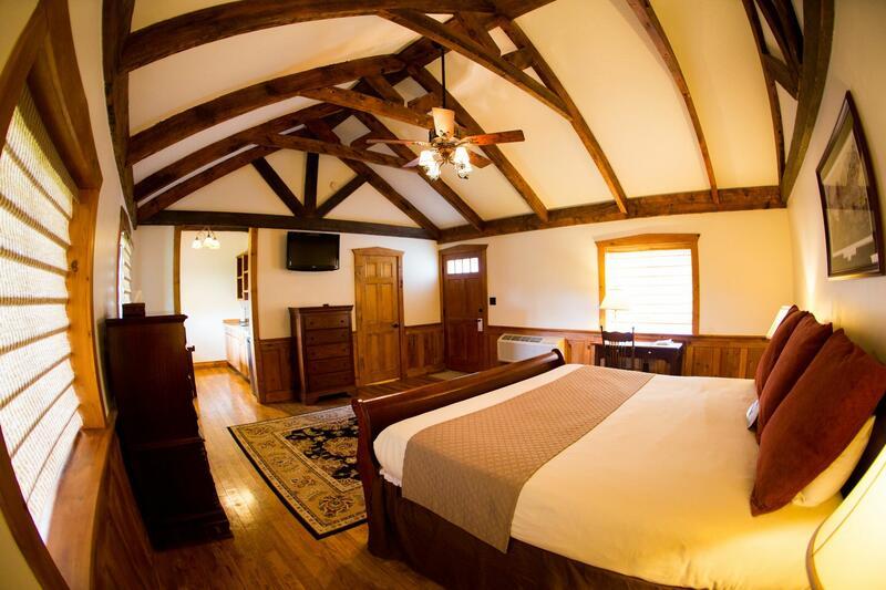 Bedroom in a lodge at Gettysburg.