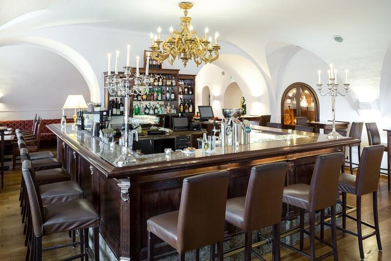Schloss Bar