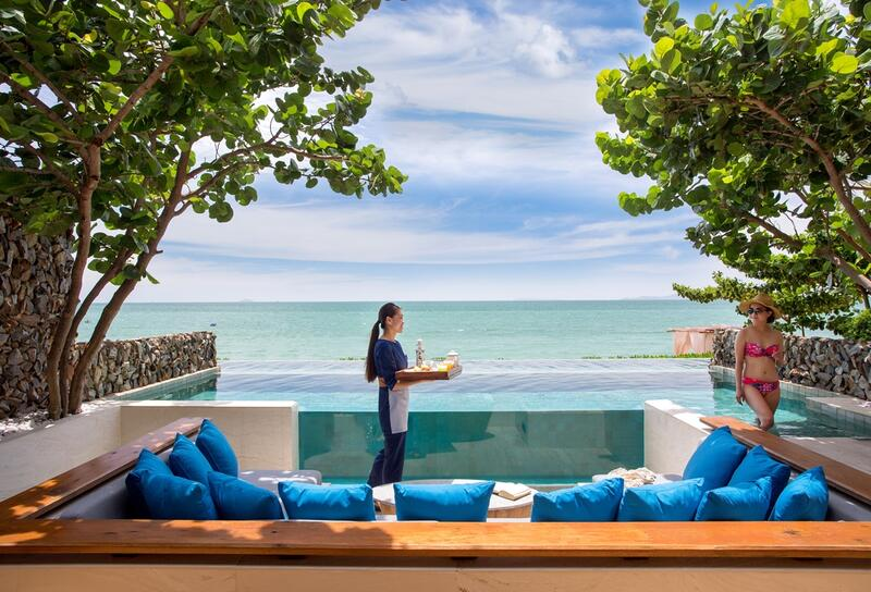 U Pattaya Beachfront Pool Villa