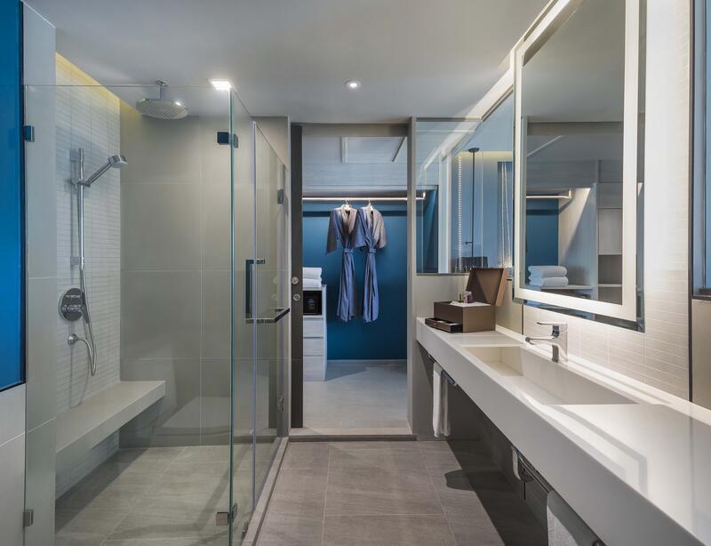 U Jomtien Seaview Suite Bathroom