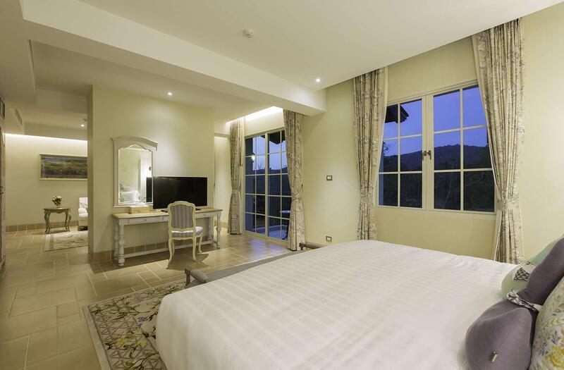 U Khao Yai Suite