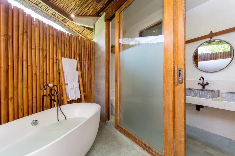 U Pattaya Garden Villa Bathroom