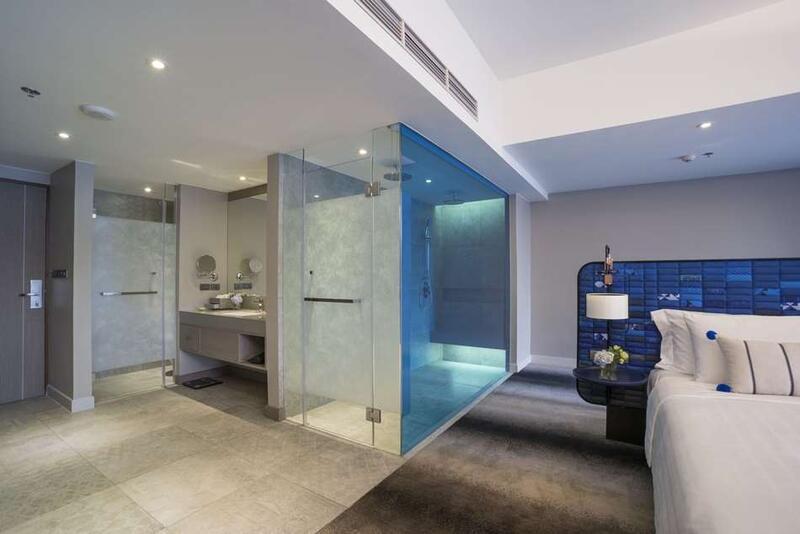 U Nimman Chiang Mai Deluxe Corner Room Bathroom