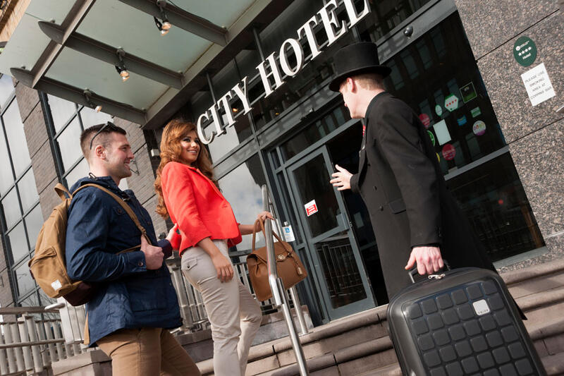 Couple At The Entrance To City Hotel Derry
