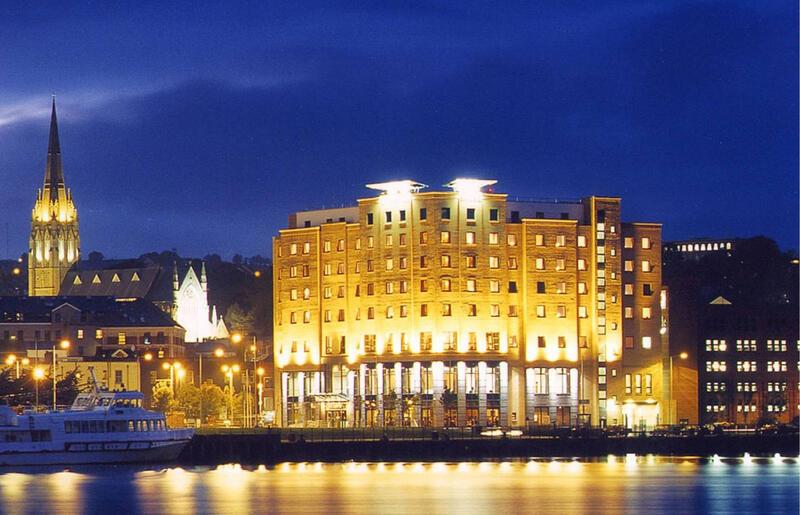 City Hotel Derry Exterior