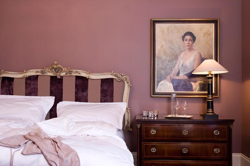 Kaiser Suite Bedroom - Patrick Hellman Schlosshotel