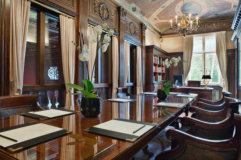 Library - Patrick Hellman Schlosshotel