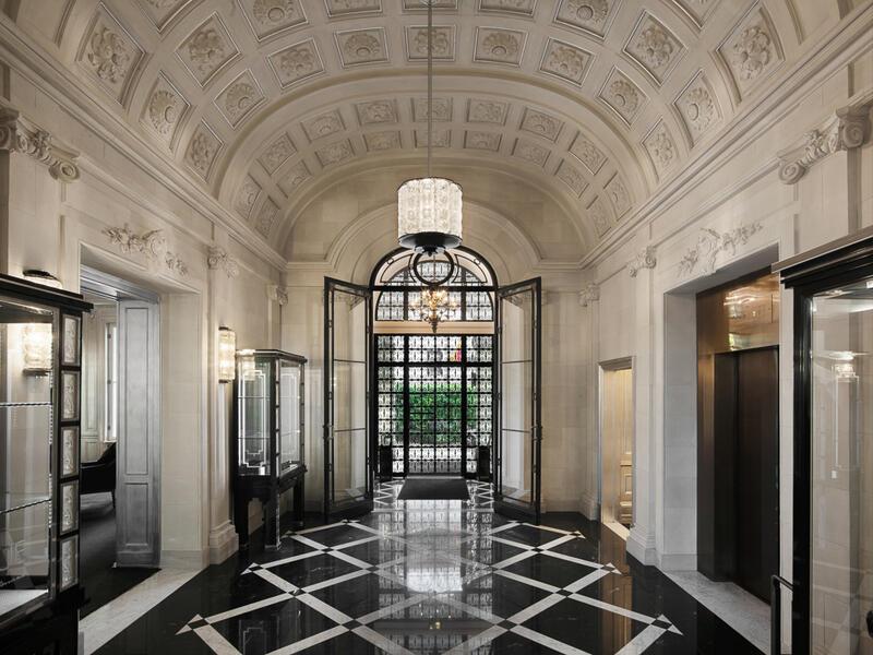 Lobby Entrance - Patrick Hellman Schlosshotel