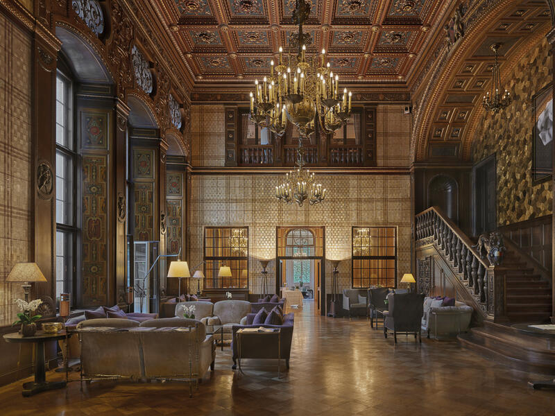 Lobby lamp - Patrick Hellman Schlosshotel