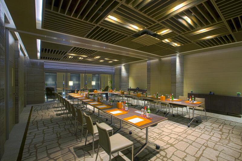 Meeting room at Grayton Hotel Dubai