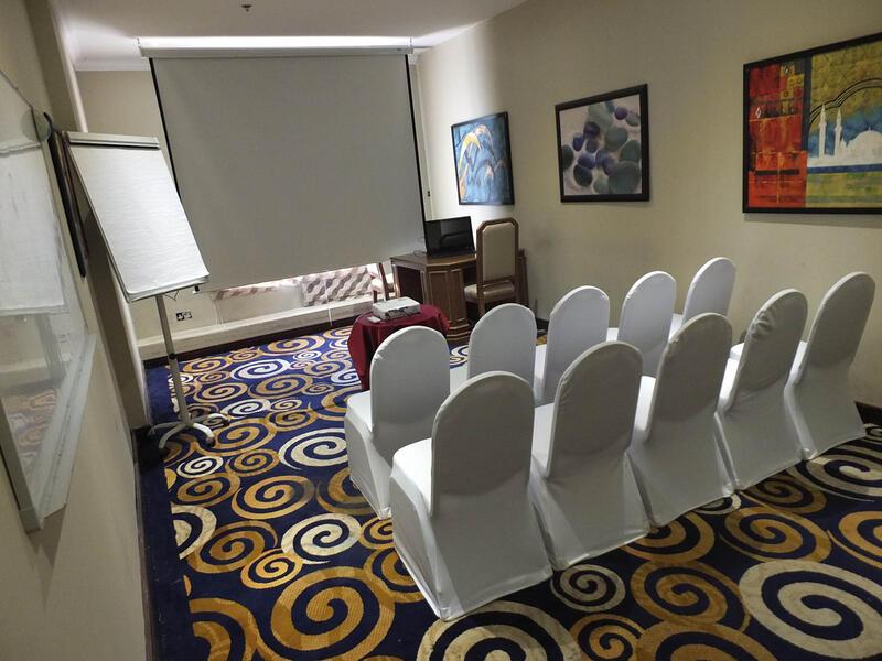 Strato Meeting Room