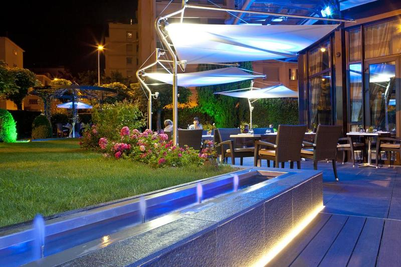 Terrace at Warwick Hotels and Resorts