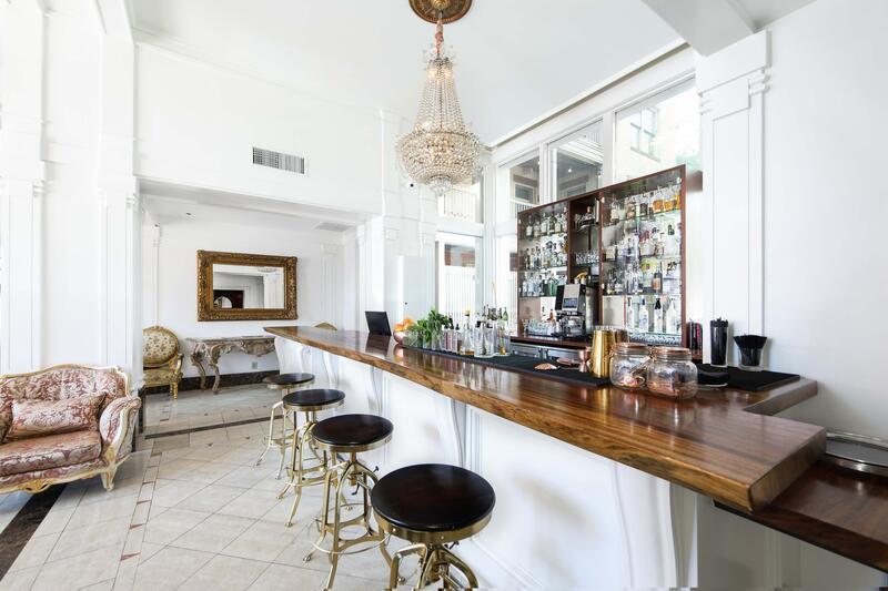 the fairmount hotel bar