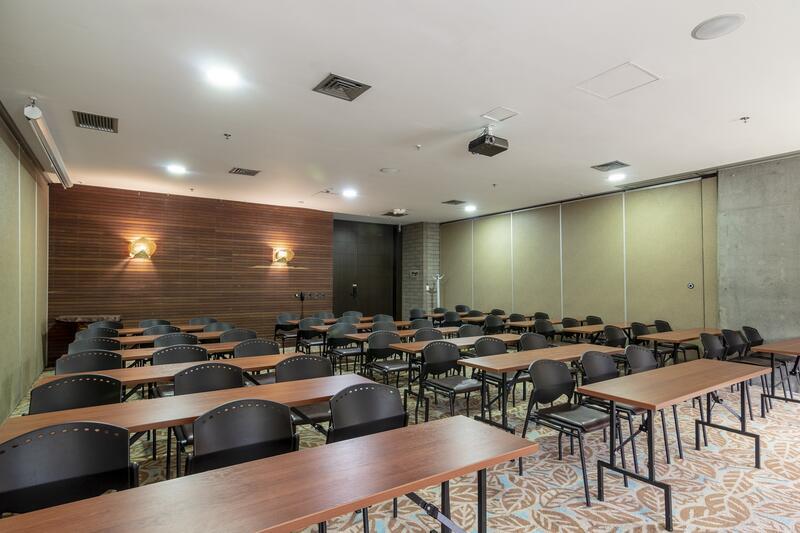 Diez Hotel Classroom Set up
