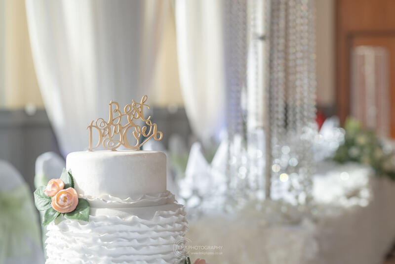 City Hotel Derry Ballroom Wedding Cake And Room Decor