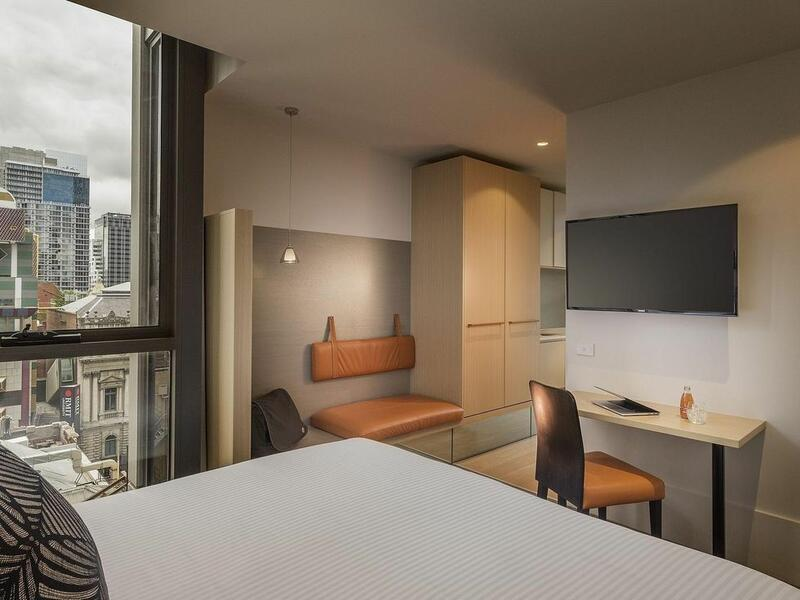 Studio King Apartment at Brady Hotels Central Melbourne