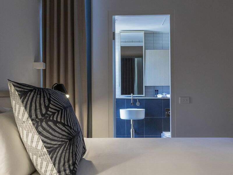 2 bedroom apartment bed detail at Brady Hotels Central Melbourne
