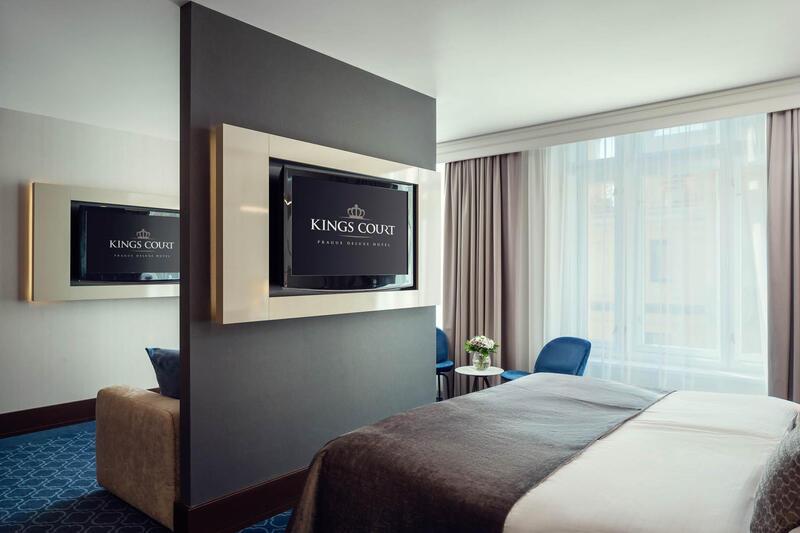Junior Suite at Hotel KINGS COURT in Prague