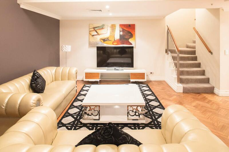 Seasons Harbour Plaza Sydney_Three Bedroom Penthouse