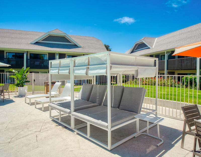 Cabana Lounge Chairs
