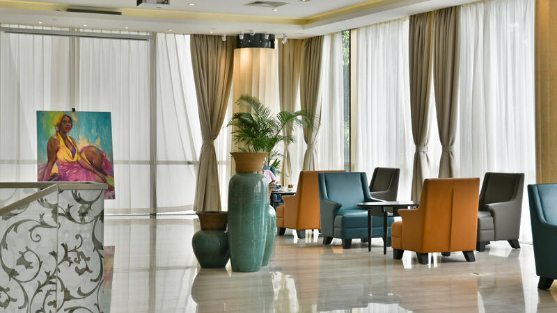 Lobby bar at Fleuve Congo Hotel Hotel in Kinshasa