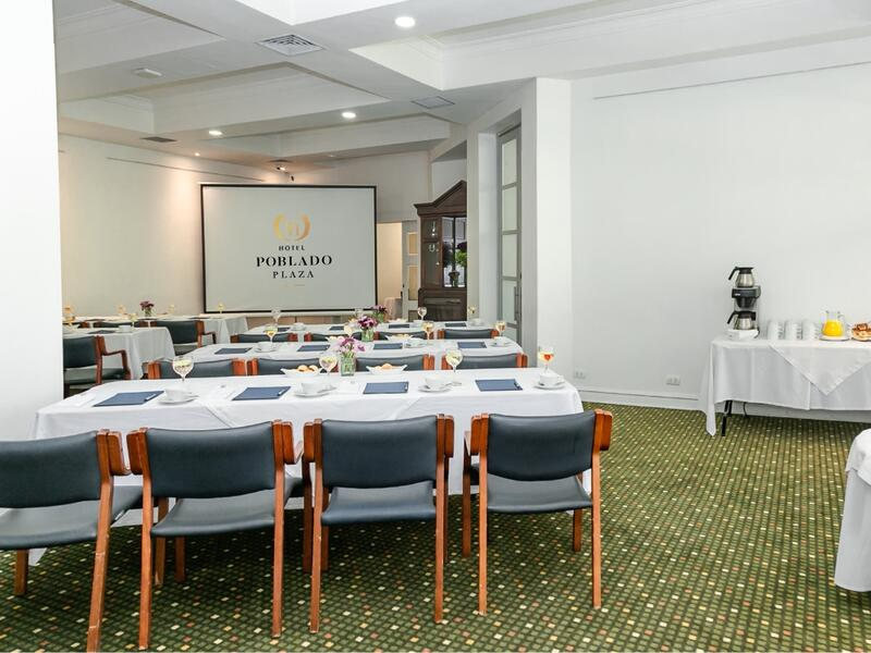 Hotel Meeting Room Classroom Set Up