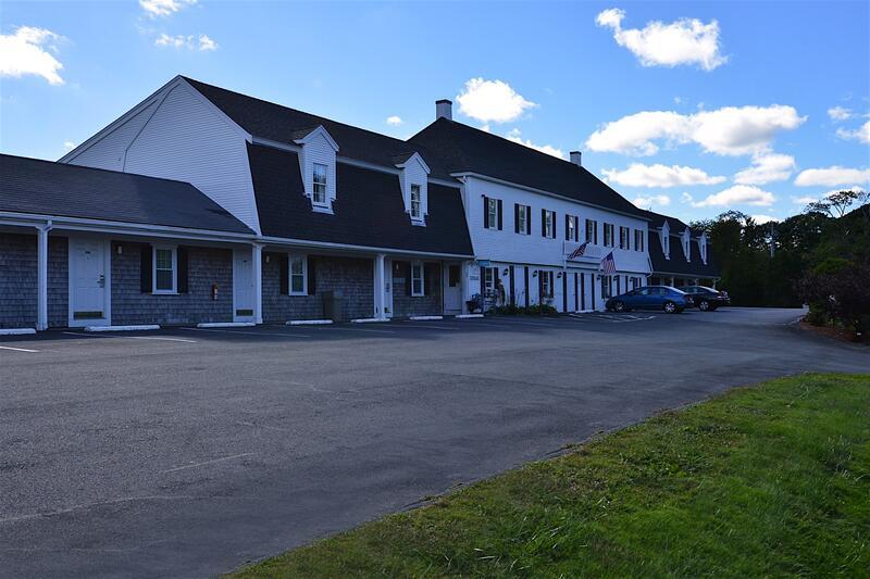 Sandwich Lodge Hotel Exterior