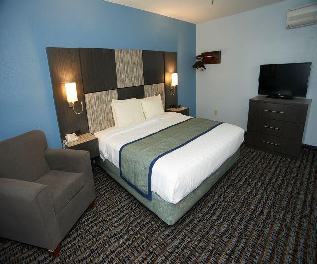 King Bed in One Bedroom Suite