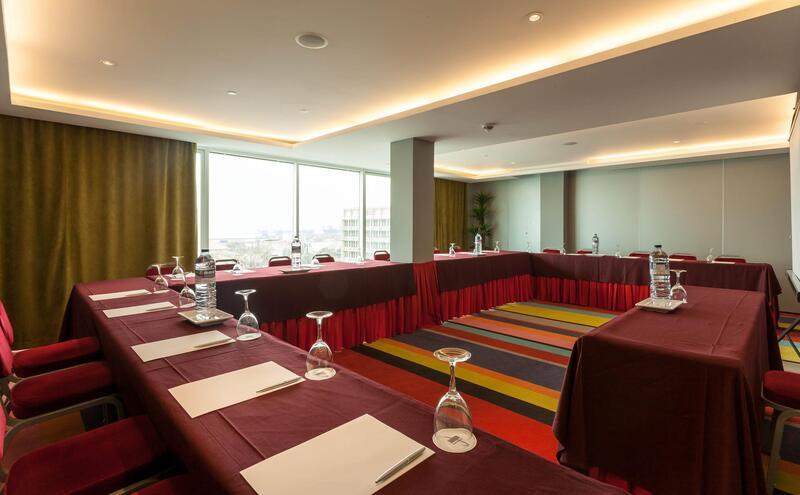 Meeting room at Hotel Presidente Luanda in Luanda