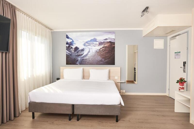 Bedroom at Apart-Hotel Zurich Airport