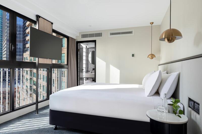 Brady Hotels Jones Lane - King Room