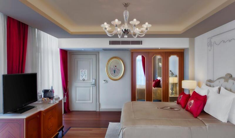 Executive room at CVK Park Bosphorus Hotel Istanbul