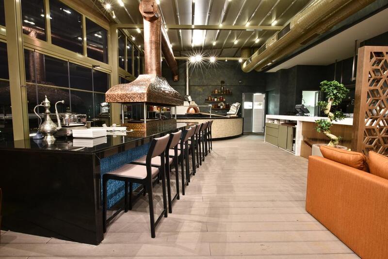 Restaurant at CVK Park Bosphorus Hotel Istanbul