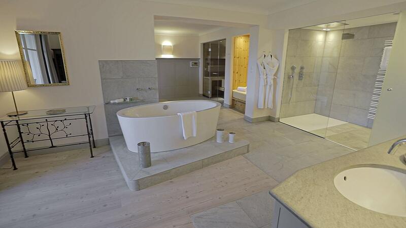 Bathroom at Schloss Pichlarn Hotel in Austria