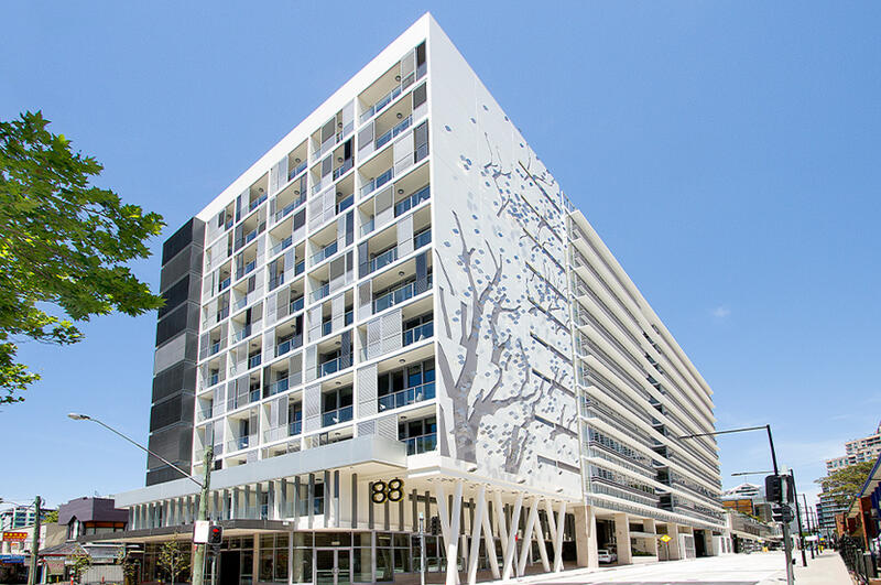 Exterior View of Silkari Hotel Chatswood Building
