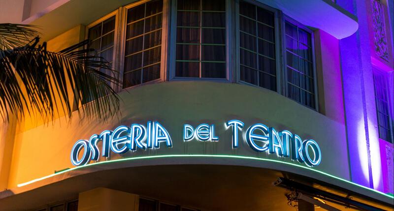 sign that says osteria del teatro