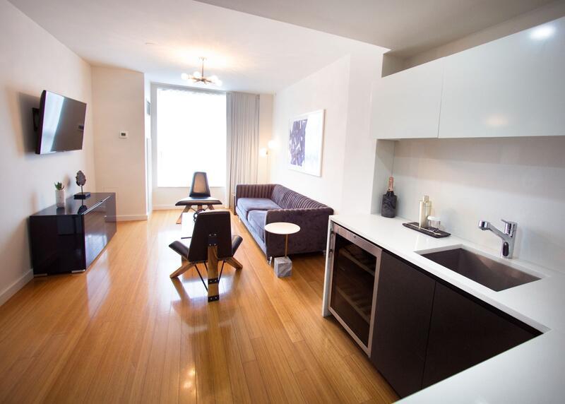 Suite Living Room & Kitchenette