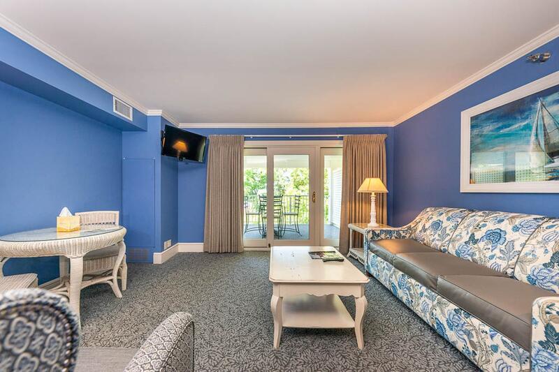 Summer House Studio Suite