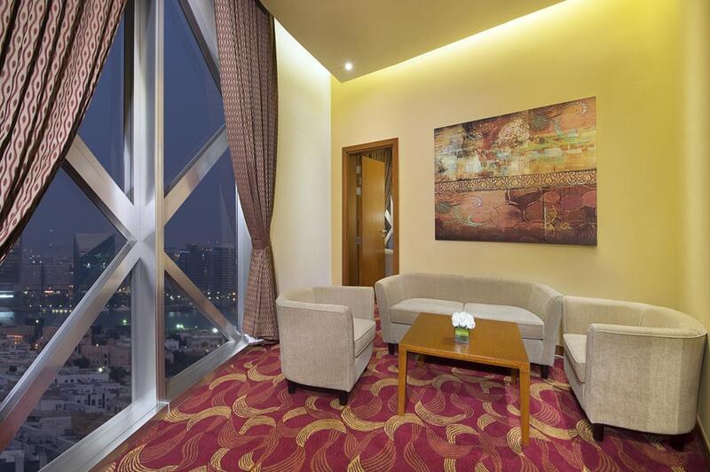Season Suite at City Seasons Towers