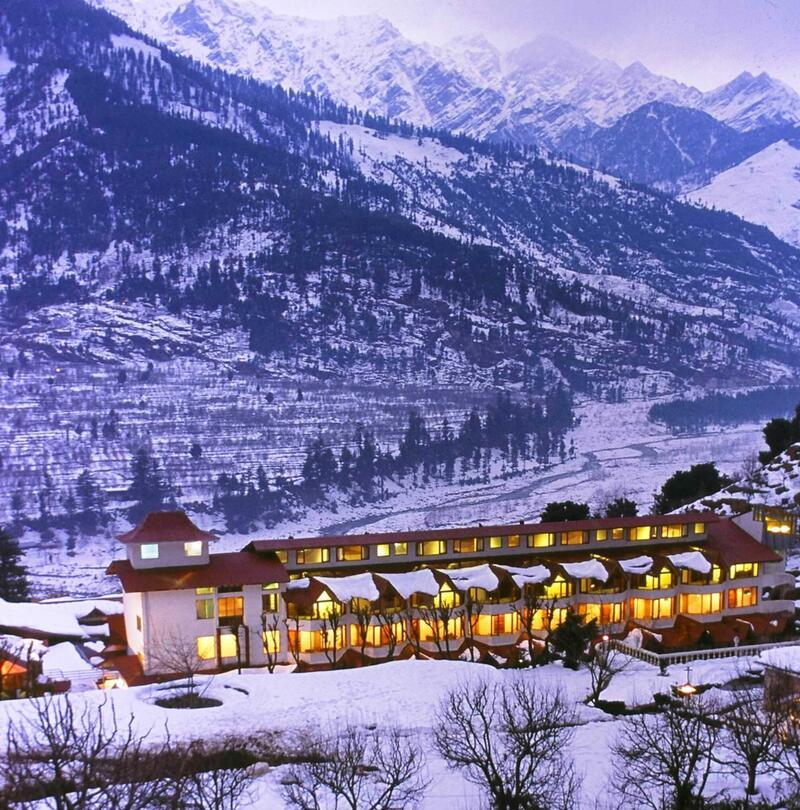 Snow near ManuAllaya Resort Spa Manali in Himachal Pradesh