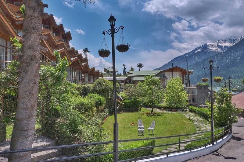 Garden at ManuAllaya Resort Spa Manali in Himachal Pradesh