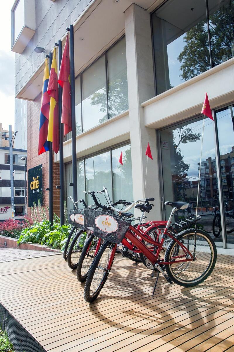 3 Terraza Bicicletas Cité Of