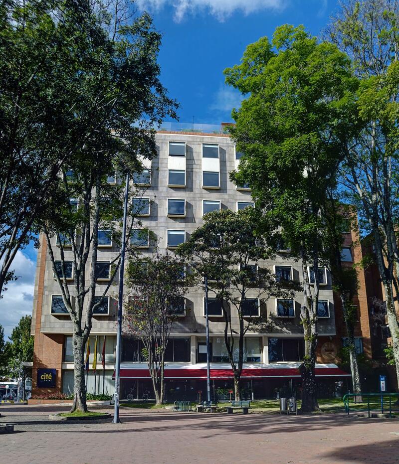 6 Fachada Cité Building