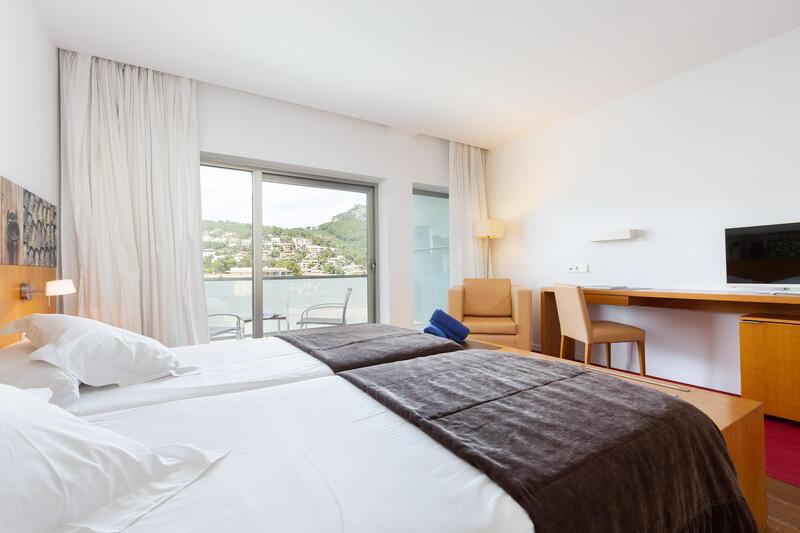Aimia Hotel - Superior Room