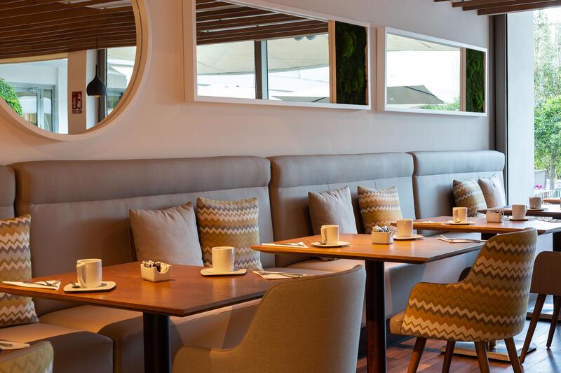 Aimia Hotel - Restaurant breakfast