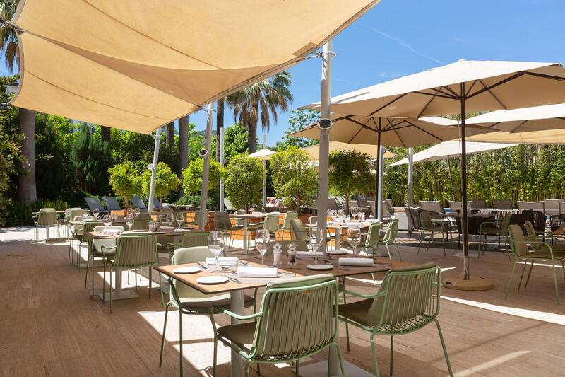 Aimia Hotel - Restaurant terrace