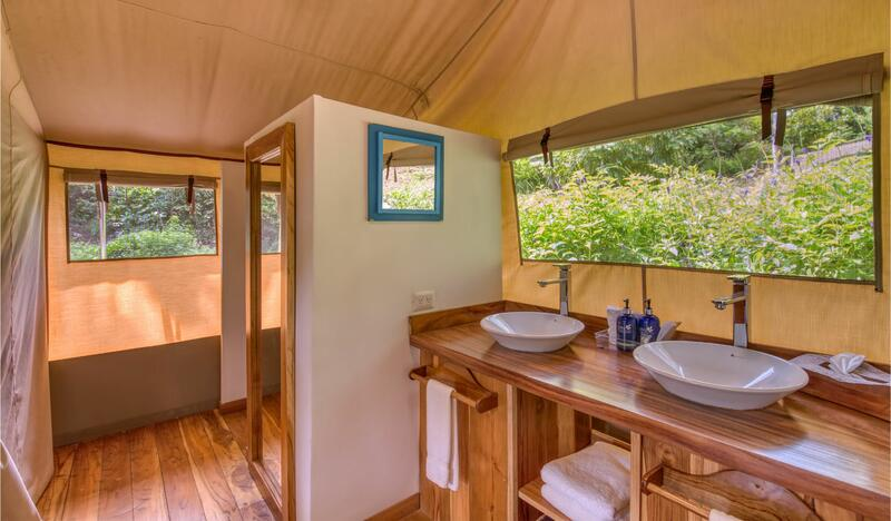 Glamping Tent Suite Bathroom