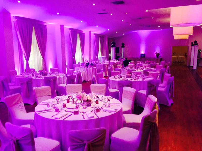 Weddings at Aquabella Hotel in Aix En Provence, France