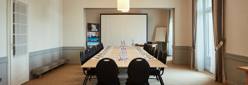 Meeting room at Hôtel-Club Cosmos in Contrexéville, France